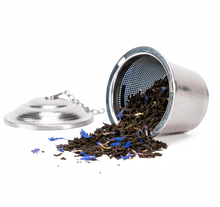 Load image into Gallery viewer, Good Earth Crème Earl Grey Loose Leaf Tea Shown in Infuser