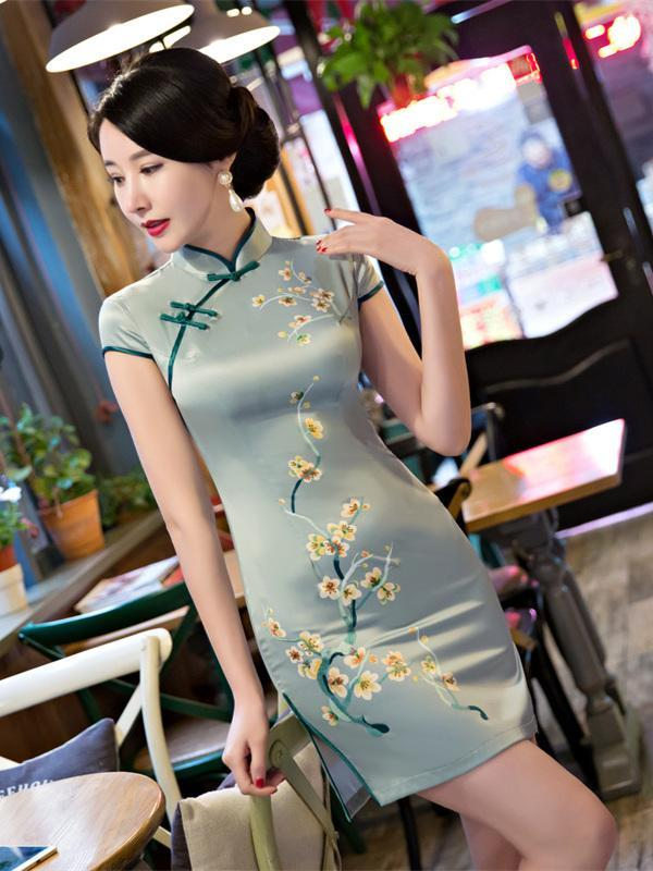 Simple Green Floral Side Split Short Cheongsam