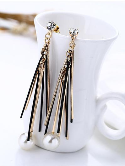 Fashion Alloy Split-joint Earrings