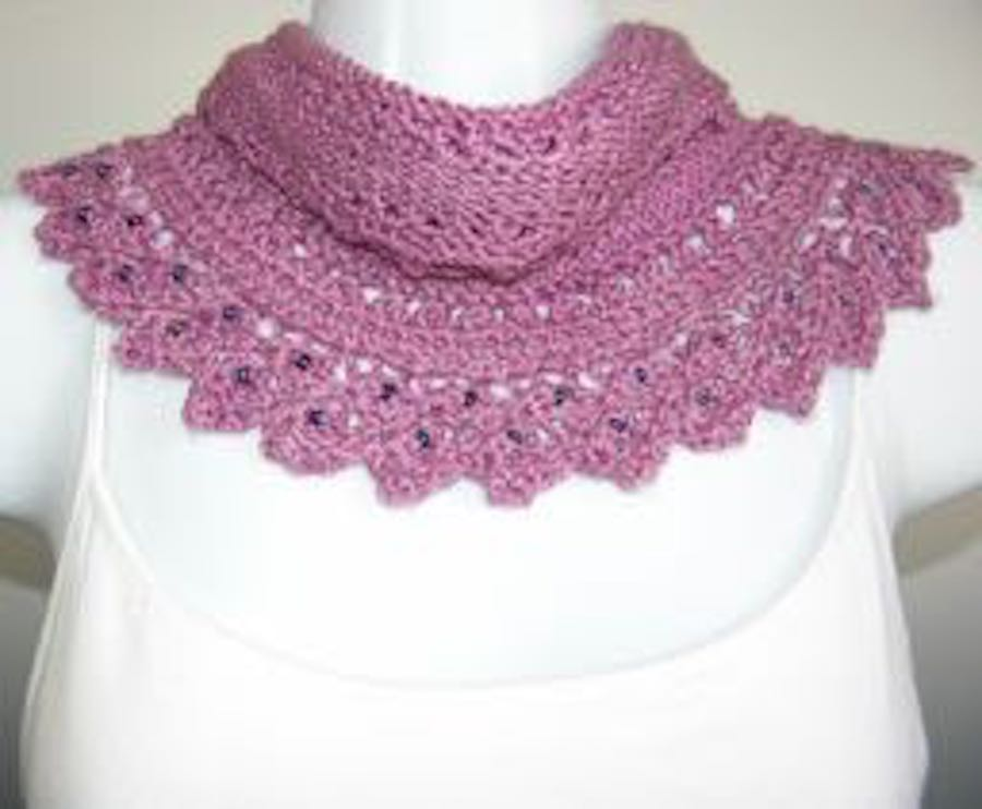 Cowl - Lacy Crescent Cowl