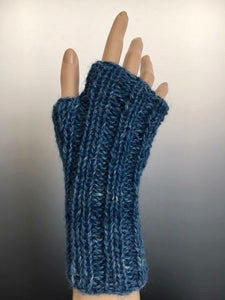 Handwarmers - Handwarmer: Ribbed Mitts