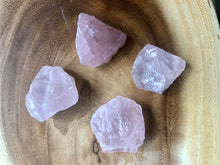 Load image into Gallery viewer, Rough Rose Quartz Crystal