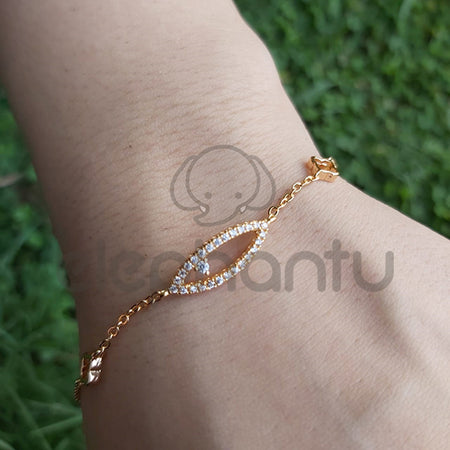 Charming Chain Bracelet With Mini Crystals-660027