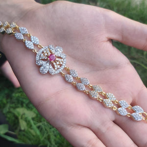 Adorable Floral Mini Crystal Bracelet-760053