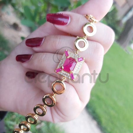 Adorable Women Girls Golden Cute Cubic Carved Crystal Charming Bracelet-660038