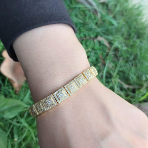 Girls Fashionable Cubic Zirconia Golden Bracelet-9999