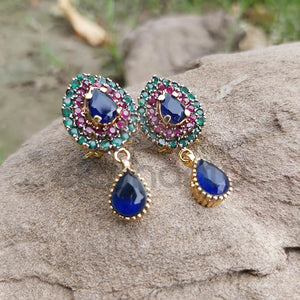 Unique Light-weighted Earring For Girls-540033