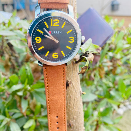 Classic Leather Strap Watch for Men