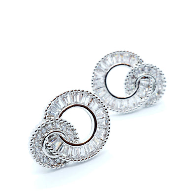 Circle Zirconia Silver Stud Earrings - Beautiful wedding earrings - The Gem Cutter