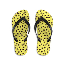 Laden Sie das Bild in den Galerie-Viewer, Coffee pattern (yellow + brown) - Unisex Flip-Flops - Caffeination World