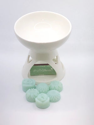 Wax Melt Burner with 6X Melts. Please choose fragrance from our selection you wish to have in and add them to the order in your notes