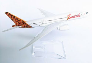Batik 787 Airlines Diecast Metal Plane Aircraft Models On Stand Apx 14 cm