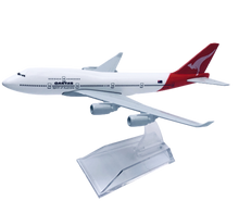 Load image into Gallery viewer, Jetstar & Qantas 747 Diecast Metal Plane Aircraft Models On Stand Aerocraft