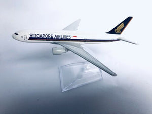 SINGAPORE B777 Model PlaneScale Apx 14cm Long Diecast Metal Airline
