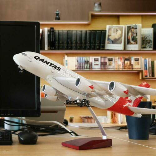 LARGE QANTAS PLANE MODEL AIRBUS A380 LED CABIN LIGHTS WHEELS STAND 18