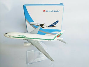Alitalia Diecast Metal Plane Aircraft Models On Stand 14Cm