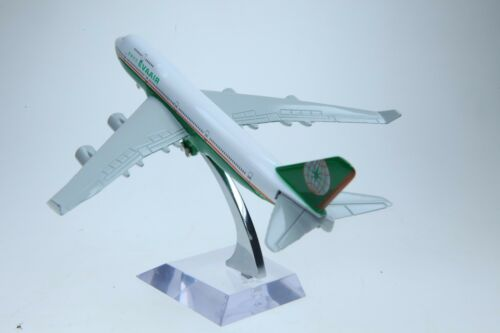 ✈️16cm 1:450 Taiwan EVA Air 747 Airplane Aeroplane Diecast Metal Plane Toy Model