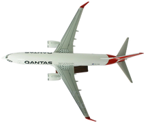 Load image into Gallery viewer, Qantas 737 Large Model Plane