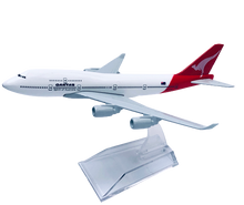 Load image into Gallery viewer, Qantas 747 Diecast metal Model 16cm qantas-747-diecast-model-16cm