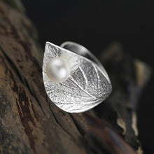 Load image into Gallery viewer, Fashion Elegant Fine Jewelry Adjustable Leaf Ring - Acecare Jewellery Store