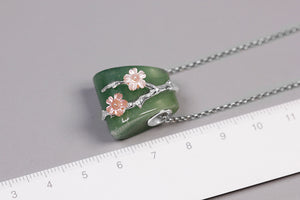 Dongling Jade Agate Pendant female pink shell flower without chains