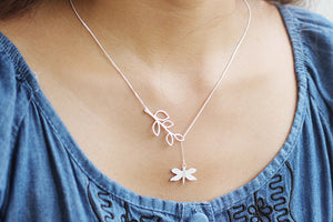 Minimalistic Silver leaf chain pendant necklace - Acecare Jewellery Store