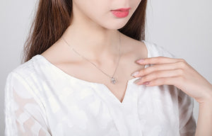 Hollow zircon crown necklace female temperament personality three-dimensional diamond small short chain - Acecare Jewellery Store