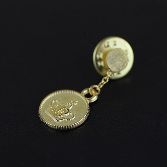 Jewelry-Neutral Brooch Pin with Royal Crown Coin Lapel Pin - Acecare Jewellery Store