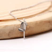 Load image into Gallery viewer, Fashion influx Small leaf pendant  with chain