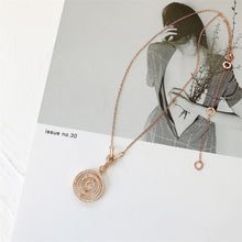 Load image into Gallery viewer, Fashion Compass Pendant Choker Necklace