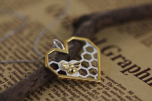 Silver jewelry original honeycomb heart-shaped pendant