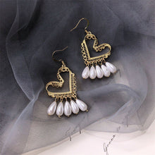 Load image into Gallery viewer, Bohemian Drop Pearl Heart Earring Jewelry