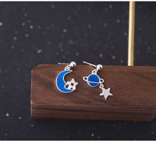 Load image into Gallery viewer, Blue Epoxy Moon Star creative earrings for women