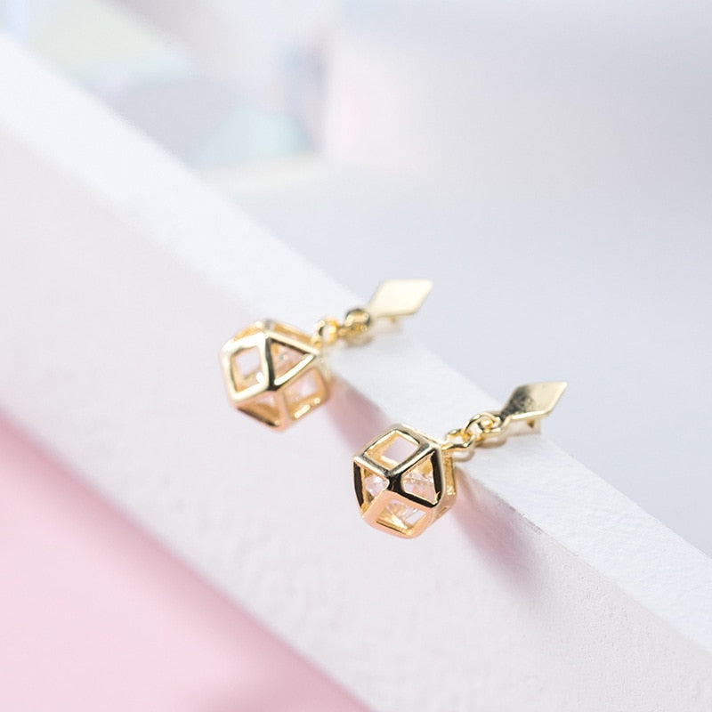 Korean simple wild Sen sweet sweet short earrings for women