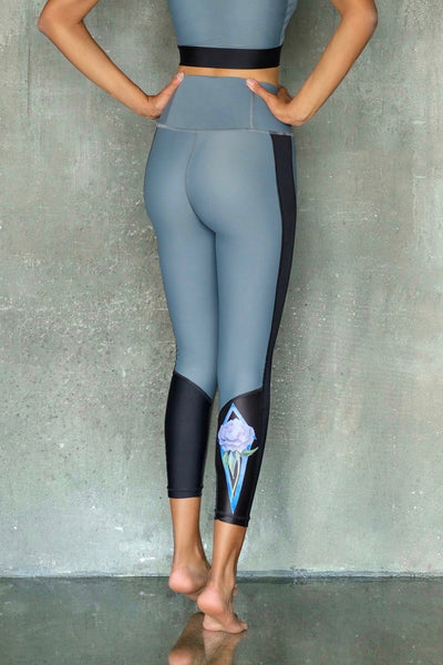 Grey with Peony Leggings 7/8
