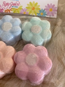 """Daisy Bath Bombs"""
