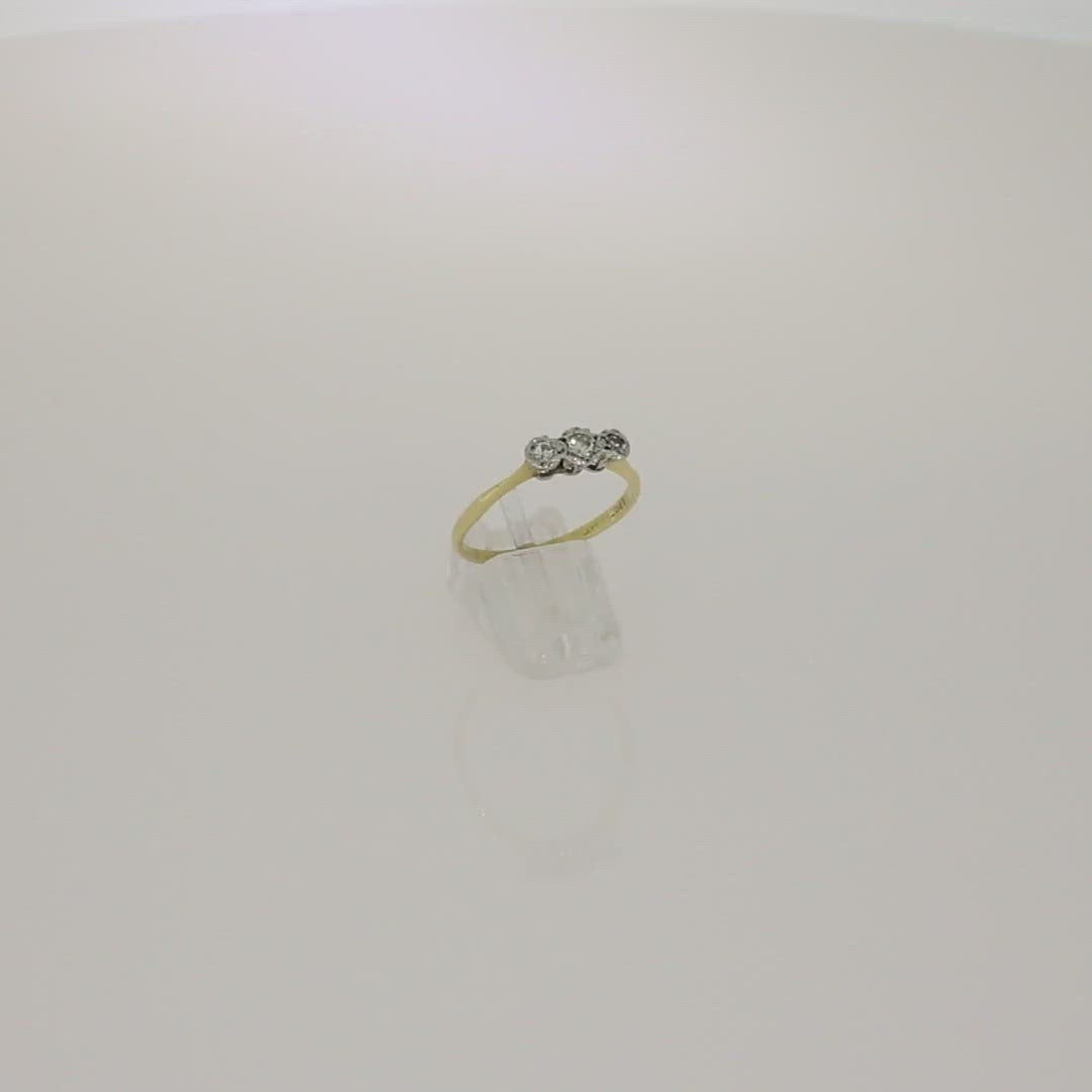 Pre Owned 18ct Yellow Gold Three Stone 0.12cts Diamond Ring Video