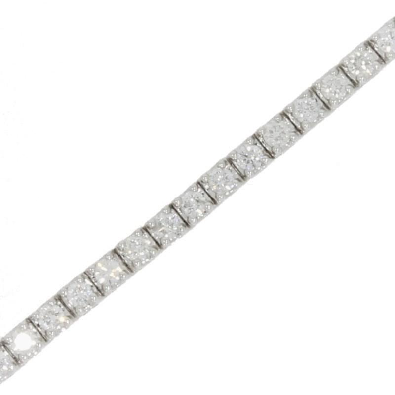 18ct White Gold 2.33cts Diamond Line Tennis Bracelet - Hollins and Hollinshead