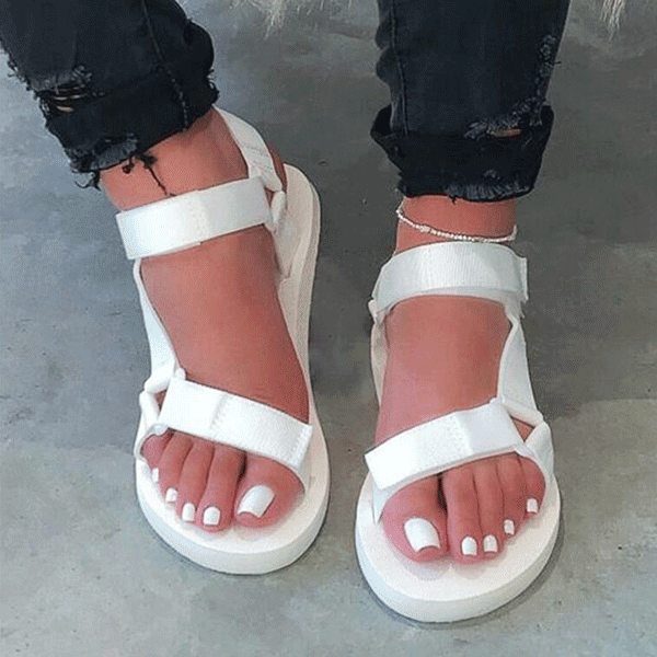 2020 summer new flat bottom wear large size slippers