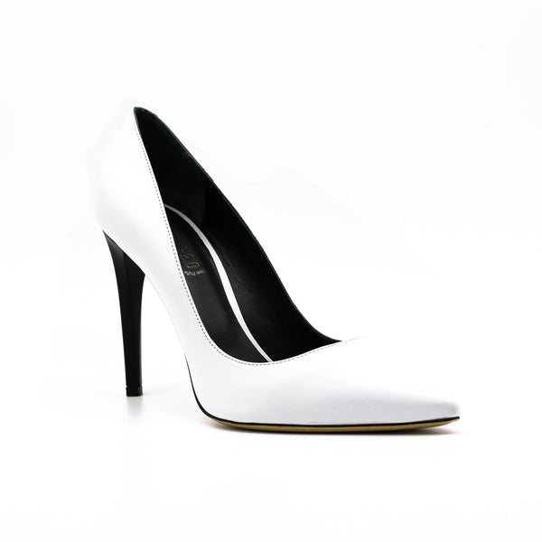 white pumps designer