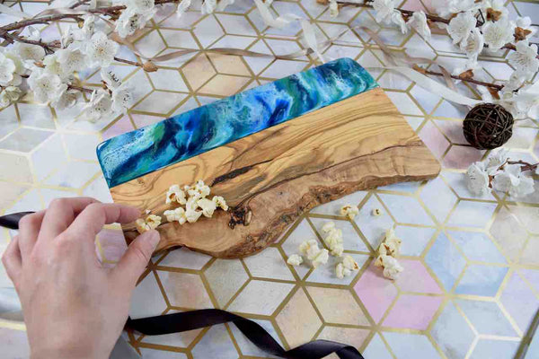 Ocean Resin Art Cheeseboard