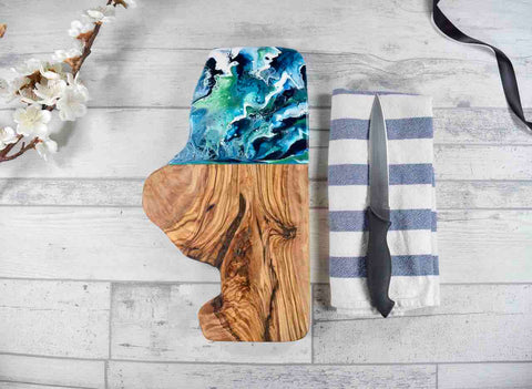 Cheese Board with Ocean Resin Art 30cm