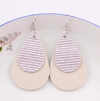 Striped Leather Glitter Hang Earrings Pink