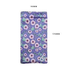 Load image into Gallery viewer, MICROFIBER CLEANING POUCH - FLORAL
