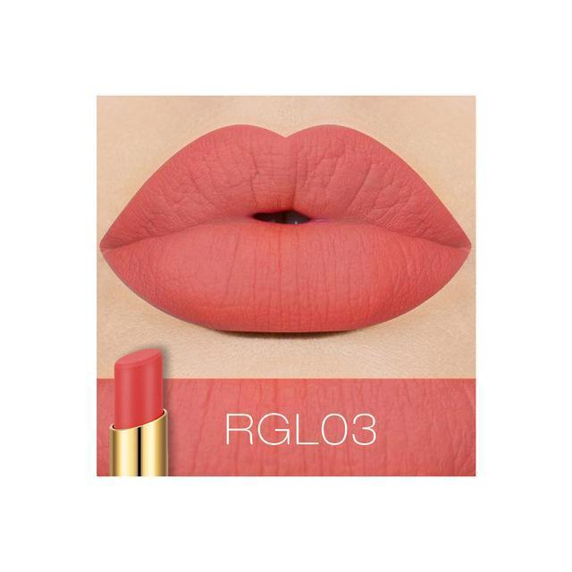O.TWO.O Waterproof Durable Lip gloss