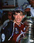 Joe Sakic Signed Colorado Avalanche 8x10 Photo
