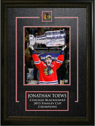 Jonathan Toews Signed Chicago Blackhawks 8x10 Etched Mat Frame