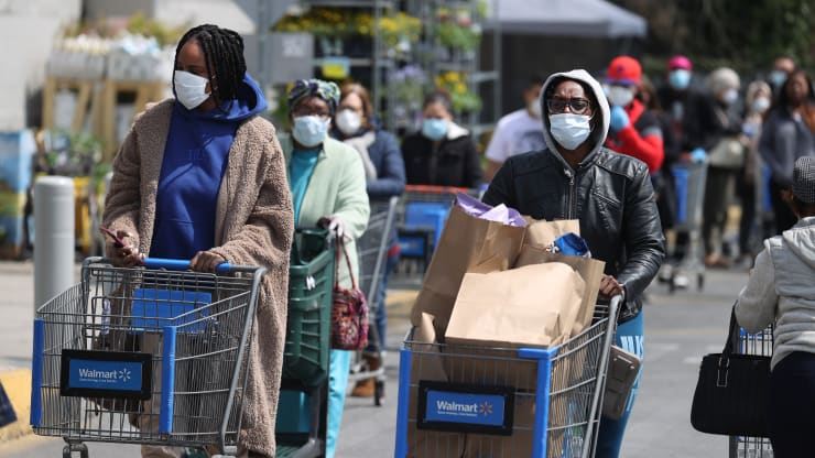 Walmart Requires It's 1.5 Million Employees to Wear Masks