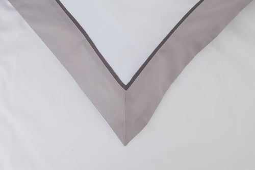Carnaby Tailored 400 White with Silver Oxford Edge and Charcoal Trim