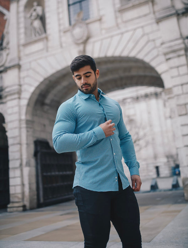 Muscle Fit vs Slim Fit Shirts – What's the Difference?